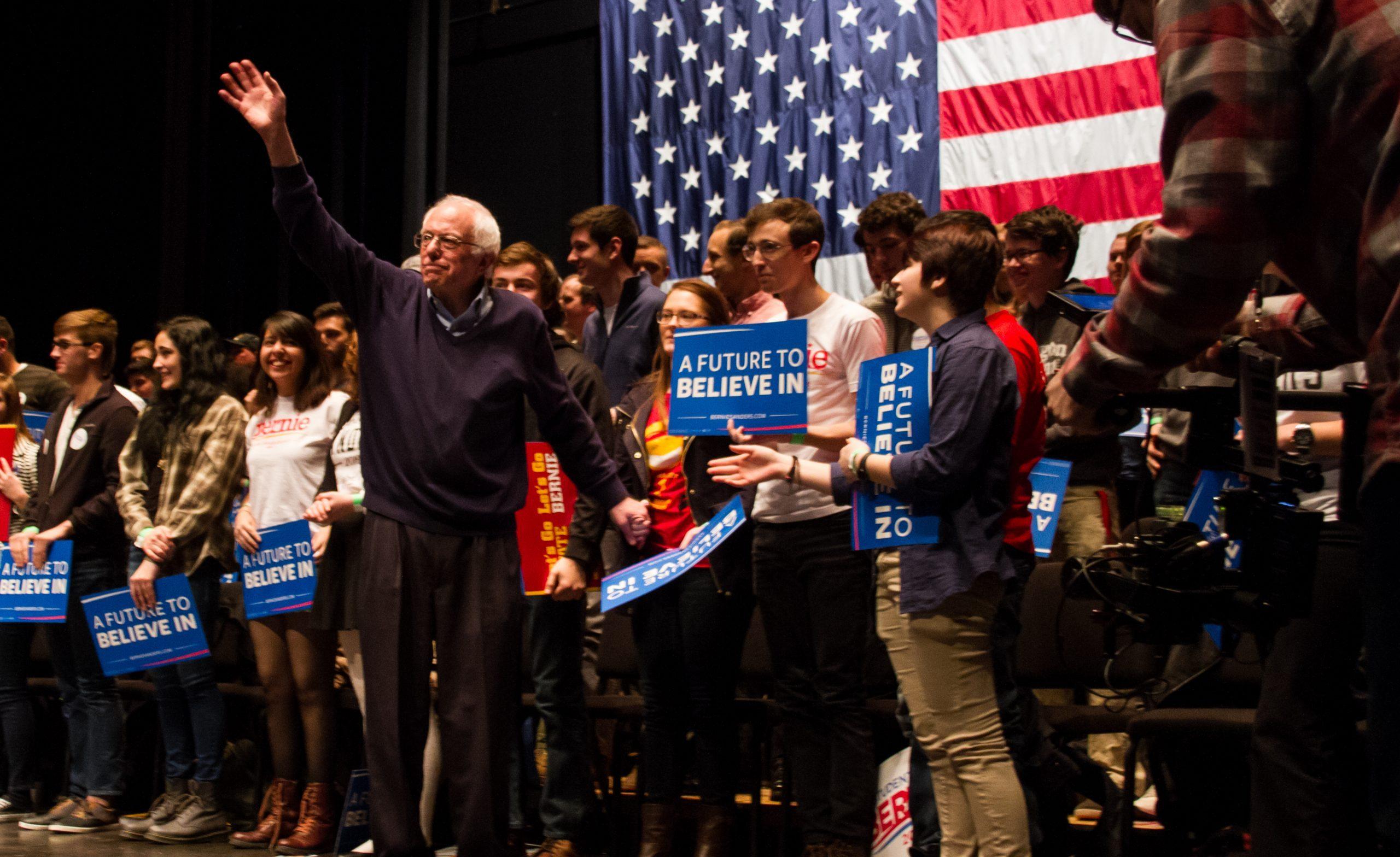 Sanders leads in Illinois, North Carolina and Texas polls